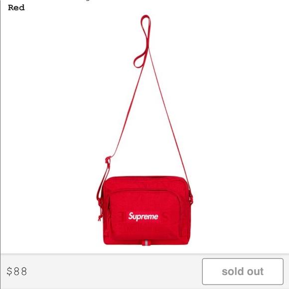 Red Supreme ss19 Shoulder Bag 343f7ec1f5123